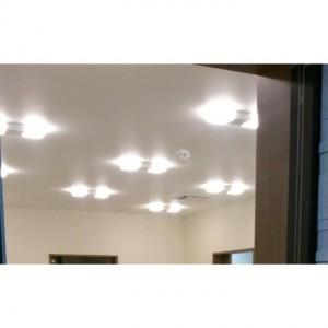待ち合い室の照明